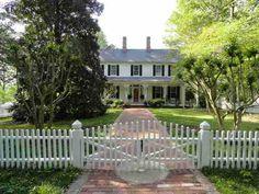 historic home on lake oconee!
