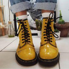 o ``, - Hübsche Klamotten - Zapatos Ideas Sock Shoes, Cute Shoes, Me Too Shoes, Shoe Boots, Shoes Boots Combat, Ankle Shoes, Calf Boots, Shoes Heels, Dr. Martens