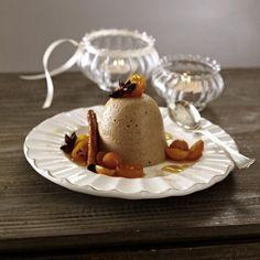Lebkuchenparfait mit Kumquats-Karamellsoße Rezept