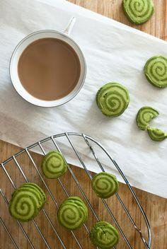 Matcha shortbread cookies. | http://tworedbowls.com/2013/09/22/matcha-shortbread-cookies/