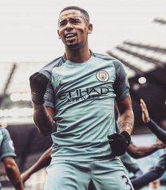 3 games, 3 goals and already a legend! ⚽️-> what a crap! He replaces kun aguero who's actually THE CITY LEGEND! Not Jesus