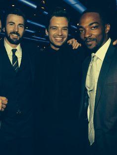 Chris Evans (Captain America), Sebastian Stan (Winter soldier) & Anthony Mackie (Falcon)