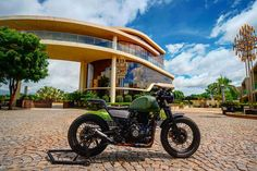 Yamaha Motorcycles, Royal Enfield, Himalayan, Antique Cars, Bike, Ads, Instagram, Motorbikes, Vintage Cars