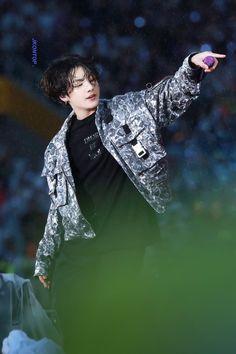 The story of how the merging trip jeon / wu jungkook, idol handsome . Foto Jungkook, Foto Bts, Maknae Of Bts, Jungkook Oppa, Yoongi, Bts Bangtan Boy, Bts Boys, Jung Kook, Busan