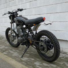 Yamaha XT600 Street Tracker by Rock Solid Motorcycles  #motorcycles #streettracker #motos | caferacerpasion.com