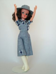 1978 Sindy - Our Sindy Museum Night Outfits, Cool Outfits, Summer Outfits, Summer Dresses, Vintage Barbie, Vintage Dolls, Retro Vintage, Tammy Doll, Sindy Doll