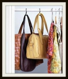 Shower curtain hooks to organize better our precious purses. Lolaccents loves this easy idea