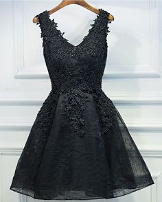 Sexy Black Short Prom Dress, Black Lace Party Dress,Appliques Beaded Homecoming Dress
