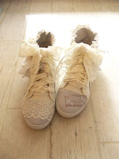 Frilly cute forest girl mori kei shoes