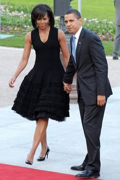 Michelle Obama and President Obama Michelle Et Barack Obama, Barrack And Michelle, Barack Obama Family, Michelle Obama Fashion, Obamas Family, Black Celebrities, Celebs, Beautiful Black Women, Beautiful People