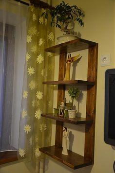 Polička na dekorácie 2 Bookcase, Shelves, Home Decor, Shelving, Decoration Home, Room Decor, Book Shelves, Shelving Units, Home Interior Design
