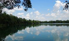 Der Olchinger See, etwa 20 km außerhalb Münchens lädt im Sommer zum Baden und Grillen ein. Dazu gibt es mehrere Spielplätze. Eine Beschreibung findet ihr unter http://wanderzwerg.eu/olchinger-see/