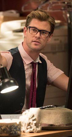 Pictures & Photos of Chris Hemsworth - IMDb