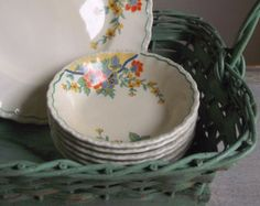 Stunning Vintage Florals for Kitchen & Dining from #VintageAndMain