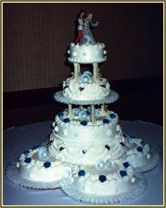 Wedding Cake Design School : 1000+ images about Old School Wedding Cakes on Pinterest ...