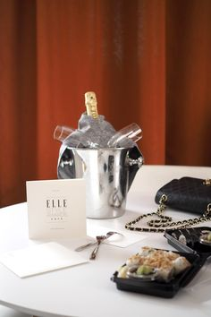 C and the city - ELLE Style Awards 2016 at Vanha Ylioppilastalo in Helsinki, Finland - read more on the blog: http://www.idealista.fi/charandthecity/2016/10/22/elle-style-awards-2016-preparty