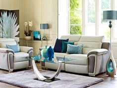 The Madison is a modern version of the traditional recliner in a striking two-tone leaher/fabric finish. The Madison range has adjustable headrests and a sensor touch button recliner motion for maximum comfort and ease.