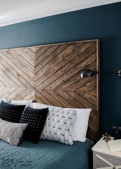 DIY Headboard EastCoastCreative More wood headboard king Massive Master Bedroom Makeover : The Weekender Series Custom Headboard, Headboard Designs, Headboard Ideas, Diy Wooden Headboard, Diy Headboards, Reclaimed Wood Headboard, Diy Bed Headboard, Headboard Makeover, Diy Headboard With Lights