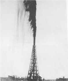 The Lucas Gusher at Spindletop Hill, south of Beaumont, Texas, 1901, photo by John Trost.