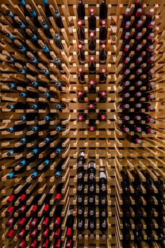 Image 4 of 13 from gallery of Intersybarite Gourmet Store / Arquitectura Sistémica. Photograph by Rafael Gamo
