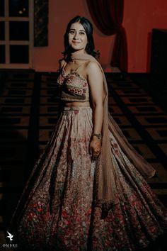 Sikh Bride, Punjabi Bride, Sikh Wedding, Indian Designer Outfits, Designer Dresses, Summer Wedding Outfits, Wedding Dresses, Bridal Lehngas, Green Lehenga