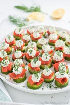 Mini Cucumber Smoked Salmon Appetizer Bites with Lemon Dill…