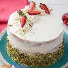 Himbeer Joghurt Torte ohne backen Sommertorte Kühlschranktorte no bake no-bak. Easy Cake Recipes, Sweet Recipes, Pear Cake, Salty Cake, Food Cakes, Savoury Cake, Mini Cakes, Christmas Desserts, Clean Eating Snacks
