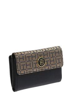 Tommy Hilfiger Kadın Cüzdan 520180388   Boyner Tommy Hilfiger, Continental Wallet, Fashion, Moda, Fashion Styles, Fashion Illustrations