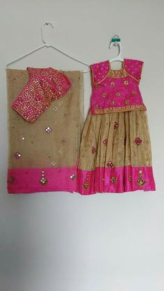 To order WhatsApp on 9703713779 Mom Daughter Matching Dresses, Mom And Baby Dresses, Mother Daughter Outfits, Little Girl Dresses, Girls Dresses, Kids Dress Wear, Kids Wear, Baby Birthday Dress, Kids Party Wear