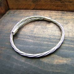 Are you interested in our guitar string bracelet? With our silver bracelet for men you need look no further.