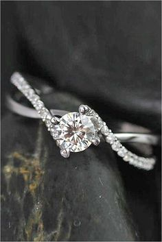 Simple Engagement Rings (45)