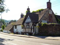 ANCIENT RAM INN --- SUPPOSE TO BE 1 OF THE MOST HAUNTED HOUSES IN ENGLAND ??