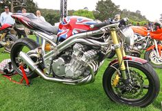 Jason Len's Spondon-framed Honda CBX drew plenty of attention in the Custom/Modified class.