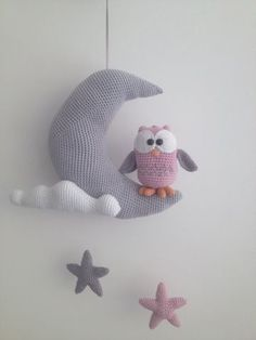 Troetels en zo: HAAKPATROON UILTJE OP MAAN. Owl on the moon free crochet Amigurumi pattern in Dutch.