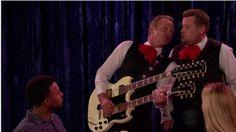 """Sting e James Corden fazem """"batalha dos garçons"""" em quadro humorístico. Veja! #Brasil, #Brincadeira, #Cantor, #Comediante, #Compra, #Curta, #Flashback, #Humorista, #M, #Noticias, #SãoPaulo, #Show, #Televisão, #Youtube http://popzone.tv/2017/02/sting-e-james-corden-fazem-batalha-dos-garcons-em-quadro-humoristico-veja.html"""