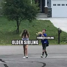Sibling memes - whether you are looking to troll your brothers and sisters or celebrate National Siblings Day, we are sharing funny memes about siblings! Sister memes, brother memes and sibling memes because HELLO its Brother And Sister Memes, Funny Sister Memes, Brother Humor, Mom Jokes, Really Funny Memes, Stupid Funny Memes, Funny Relatable Memes, Hilarious, Brother Quotes