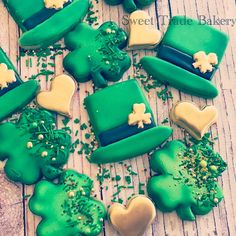 """116 Likes, 9 Comments - Sweet Trade Bakery (@sweettradebakery) on Instagram: """"St Patrick's day cookies #instacookies #cookiesofinstagram #sweettradebakery…"""""""