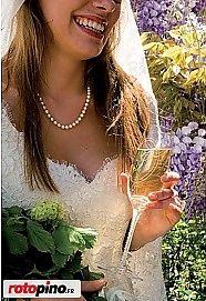 Un cadeau de mariage original, ou comment orner des verres à Champagne http://www.rotopino.fr/messages/un-cadeau-de-mariage-original-ou-comment-orner-des-verres-a-champagne,3182 #verresàchampagne #faiteslevousmeme #handmade #mariage #dremel #rotopino
