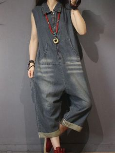 Women's Baggy Overalls & Dungarees in Vibrant Colors and Funky Styles Funky Fashion, Denim Fashion, Boho Fashion, Fashion Dresses, Denim Jumpsuit, Dungarees, Women's Overalls, Pretty Outfits, Cool Outfits