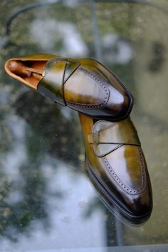 The new Patina by Alexander Nurulaeff-Dandy Shoe Care. A Work of Art that brings out the maximum all the Beauty and Quality of these extraordinary shoes of Mr.V.K. I dedicate this Patina to the 200th anniversary of the great Italian composer Giuseppe Verdi.