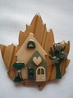 Vintage+Very+Unusual+Leaf+Lucinda+Brooch/Pin+by+TandJsCollectables