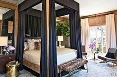 Celebrity Bedrooms - Image 18