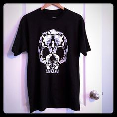 Loot Crate tee, collectible item, Large This unisex tee is from the premiere Loot Crate, a monthly subscription service of assorted novelty items. Cute skull design, with animals. Never worn! BNWOT! Large Tops Tees - Short Sleeve