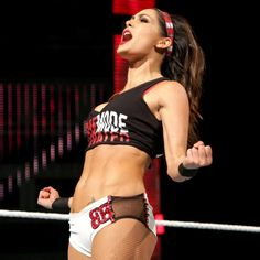 Raw 3/7/16: Brie Bella vs. Summer Rae