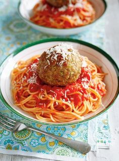 All our meatball recipes. Pulled Pork Burger, Pork Burgers, Meatball Recipes, Pork Recipes, Cooking Recipes, Ricardo Recipe, Pasta, Best Comfort Food, Tapenade