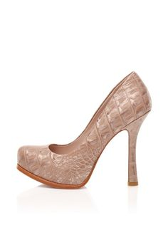 Joan & David Collection Guzman Platform Pump