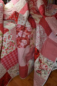 Shabby Chic Roses Vintage Look Double Classic Red and White Traditional Cottage Chic Gingham Patchwork Timeless Quilt on Etsy, $724.72 CAD