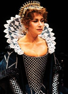 Helen Mirren in the stage production of 'The Duchess of Malfi' Royal Exchange Theatre, Manchester & The Round House, London). British Actresses, Actors & Actresses, British Actors, Dame Helen, Helen Mirren, Famous Women, Queen Elizabeth Ii, Best Actress, Famous Faces