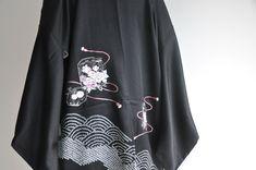 Japanese embroidery silk kimono jacket, vintage shibori tie dye floral black haori coat, authentic k Silk Kimono, Kimono Jacket, Kimono Top, Japan Outfit, Shibori Tie Dye, Short Kimono, Japanese Embroidery, Coat, Application Form