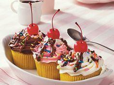 Banana Split Cupcakes. Very cute idea.
